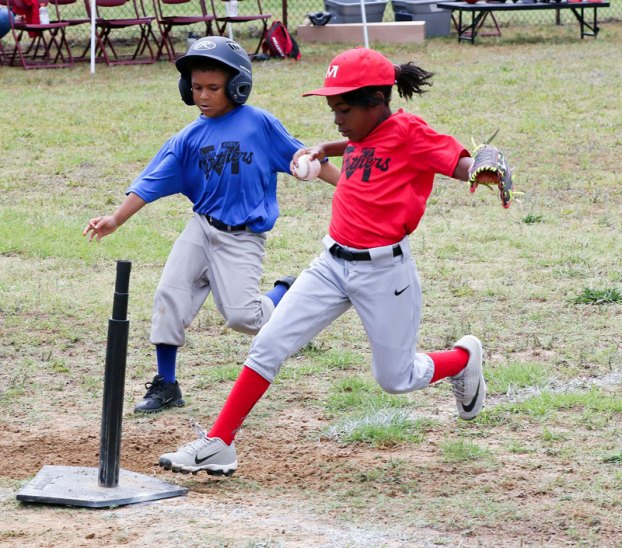 red team youth league baseball