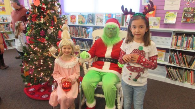 grinch at courtland library